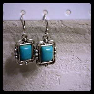 Jewelry - Turquoise and silver earrings nwot